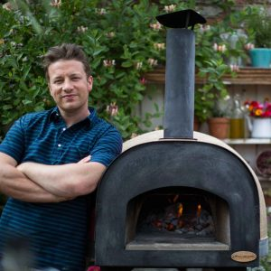 3 Home Pizza Ovens for Your Patio